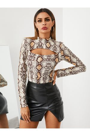 YOINS Sexy Snakeskin Cut Out Mock Neck Long Sleeves Tee