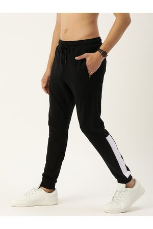 Flying Machine Men Black Solid Straight-Fit Joggers