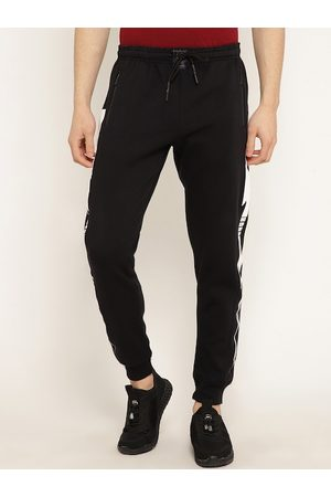 Punk Men Black Solid Slim-Fit Joggers