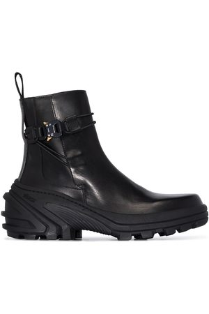 1017 ALYX 9SM Rollercoaster buckle leather boots