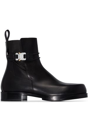 1017 ALYX 9SM Low buckle Chelsea boots