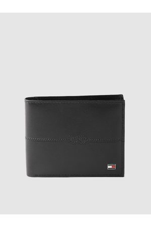Tommy Hilfiger Men Black Solid Leather Two Fold Wallet with Knot Textured Detail