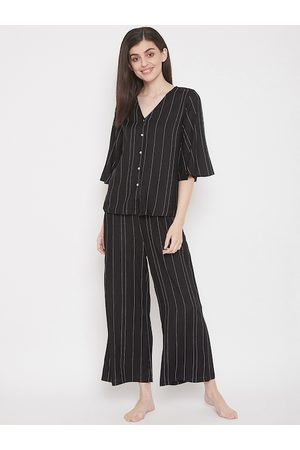 Clovia Women Black & White Striped Night Suit
