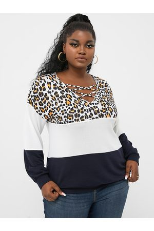 YOINS Plus Size V-neck Patchwork Leopard Criss-cross Long Sleeves Tee