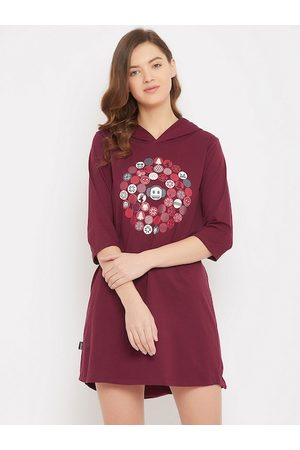 Clovia Women Maroon Printed Hooded Sleepshirts