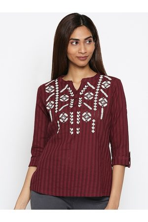 PEOPLE Women Maroon Printed Top