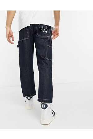 Levi's Levi's Youth tapered carpenter crop jeans in smile more wash