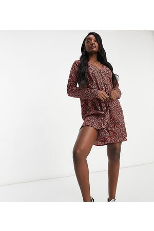 Missguided Smock dress with long sleeve in floral