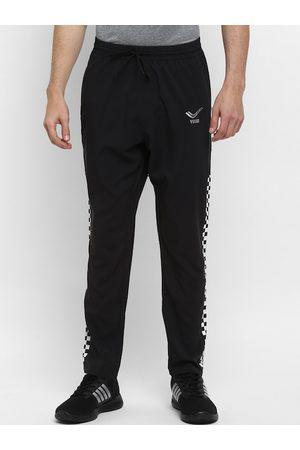 Yuuki Men Black Solid Slim Fit Track Pants