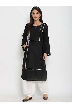 Abhishti Women Black Solid Kurta with Salwar