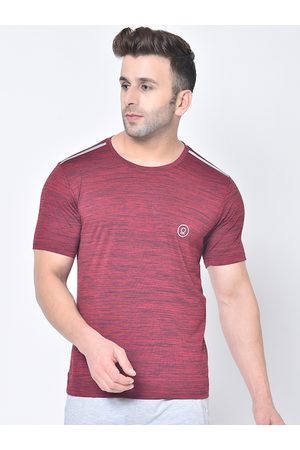 CHKOKKO Men Burgundy Solid Round Neck Dry Fit T-shirt