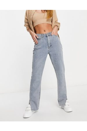 Missguided Straight jean with side split in light wash