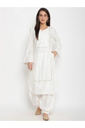 Abhishti Women White Self Design Kurti with Salwar