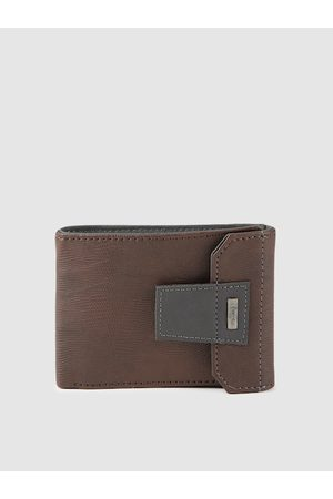 Baggit Men Brown Textured PAPS TIZZY Two Fold Wallet