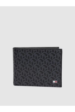 Tommy Hilfiger Men Black Genuine Leather Two Fold Wallet
