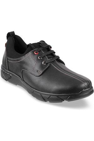 Metro Men Black Leather Derbys