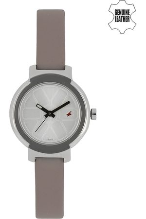 Fastrack Women Silver-Toned Dial Analogue Watch 6143SL02