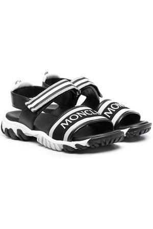 Moncler Enfant Logo-front strappy sandals