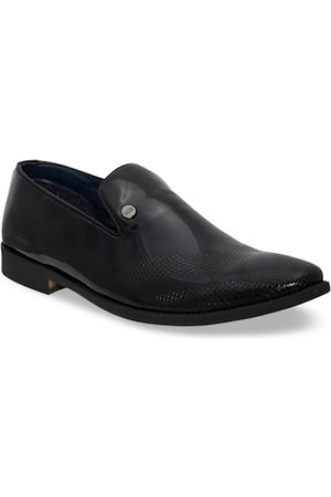 Carlton London Men Black Slip-On Formals