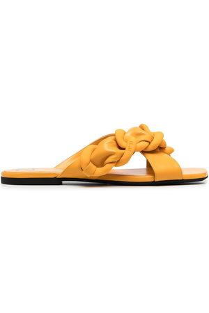 Nº21 Woven strap flat sandals
