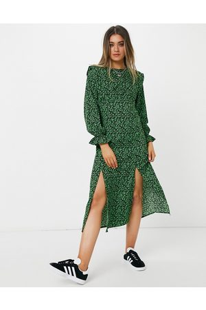 New Look Shoulder pad split midi dress in floral