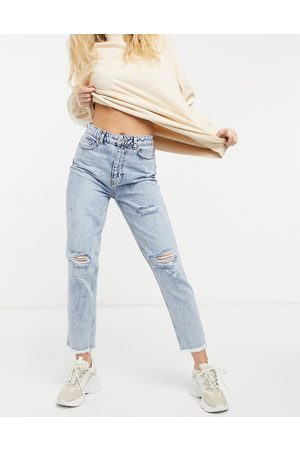 New Look Acid wash ripped mom jeans in light