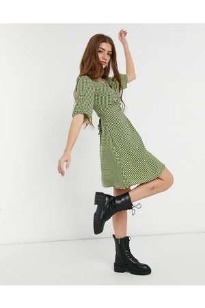 New Look Ruched bust mini tea dress in gingham