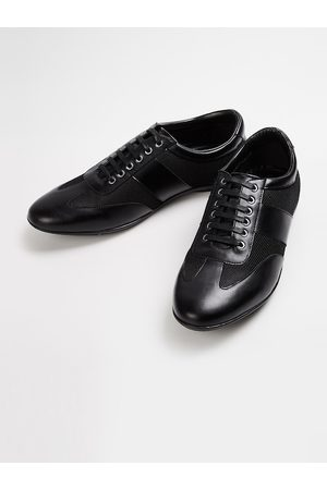 Lifestyle Men Black Solid Formal Oxfords