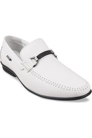 Metro Men White Solid Leather Formal Loafers