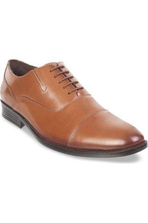 Metro Men Tan Brown Solid Leather Formal Oxfords