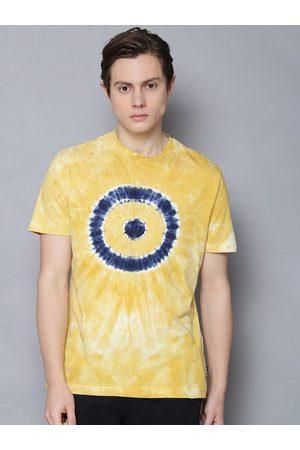Ben Sherman Men Yellow Dyed Round Neck T-shirt
