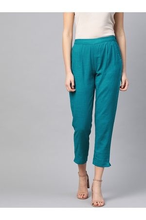 Yash Gallery Women Blue Regular Fit Solid Cotton Cropped Regular Trousers