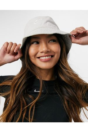 Nike Bucket hat in off with logo