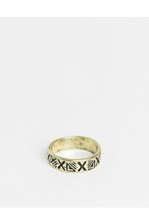 Classics 77 Band ring to