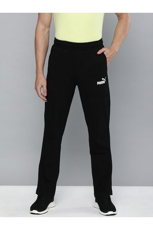 PUMA Men Black Slim Fit Solid ESS Jersey op Track Pants
