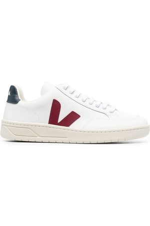 Veja Men Sneakers - V-12 leather low-top sneakers