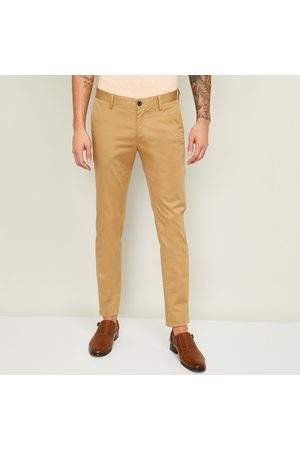 Indian Terrain Men Solid Slim Straight Casual Trousers