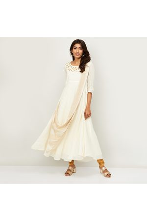Span Women Embroidered A-Line Kurta with Attached Dupatta
