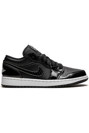 Jordan Air 1 SE sneakers