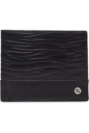 Carlton London Men Black Solid Leather RFID Two Fold Wallet