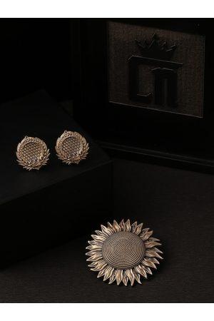 COSA NOSTRAA Men Cufflinks - Men Gold-Toned Accessory Gift Set