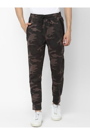 AMERICAN EAGLE OUTFITTERS Men Olive Green & Brown Regular Fit Camo Printed Joggers