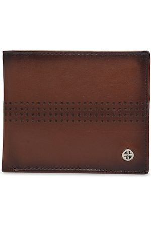 Carlton London Men Brown Solid RFID Leather Two Fold Wallet