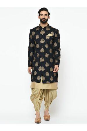 KISAH Men Sherwanis - Men Black Black & Gold-Coloured Printed Sherwani Set