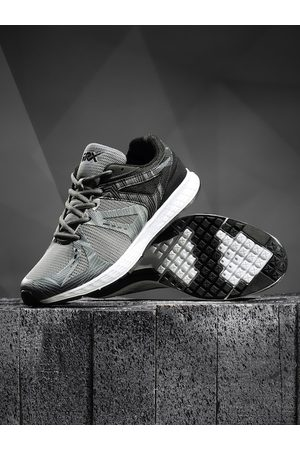 HRX Men Grey Running Shoes