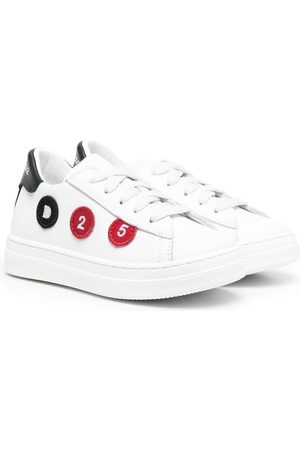 Dsquared2 D25 low-top lace-up sneakers