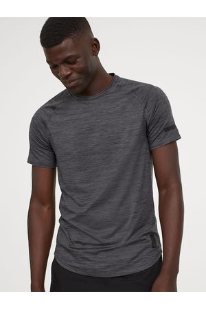 H&M Men Grey Solid Loose Fit Sports Top