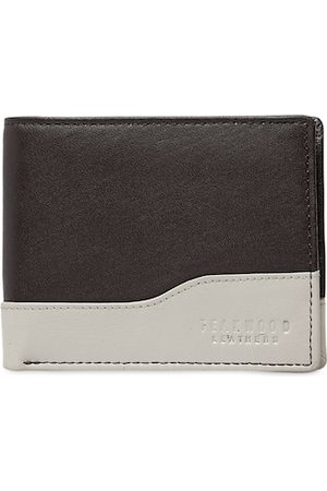 Teakwood Leathers Men Brown & Off-White Colourblocked Two Fold Leather Wallet