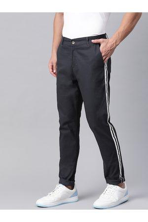 Hubberholme Men Navy Blue Side Striped Slim Fit Solid Chinos