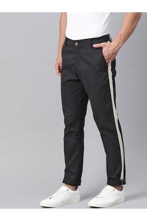 Hubberholme Men Black Slim Fit Solid Chinos